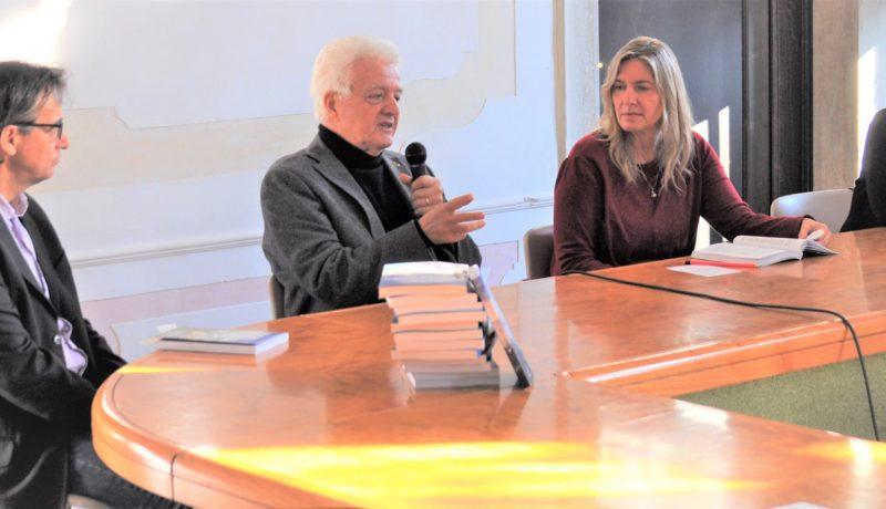 Da sinistra: Marino Zamboni, Luigi D'Alpaos, Sara Zaferrari (giornalista), Caterina Cacciavillani (sindaco di Stra)
